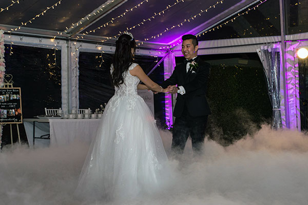 Matt Jefferies Entertainment - Dancing On A Cloud Effect for First Wedding Dances