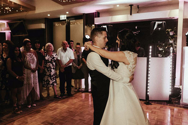 Matt Jefferies Entertainment - Wedding DJ Services Melbourne