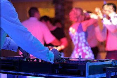 wedding entertainment yarra valley